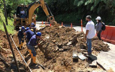 Daño registrado sobre la tubería de aducción de 24 pulgadas que conduce agua cruda de la bocatoma Caraño a la Planta Diviso